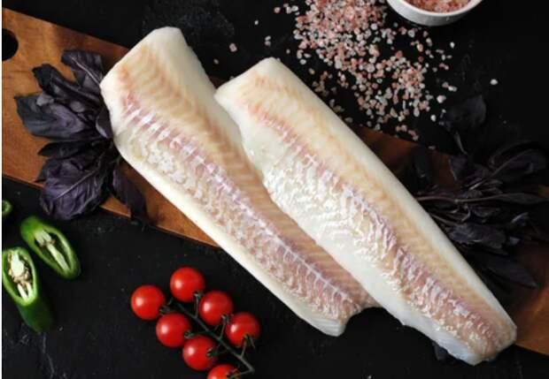 Мой быстрый фирменный рецепт «сливочного» минтая. Едят даже те, кто не любит рыбу