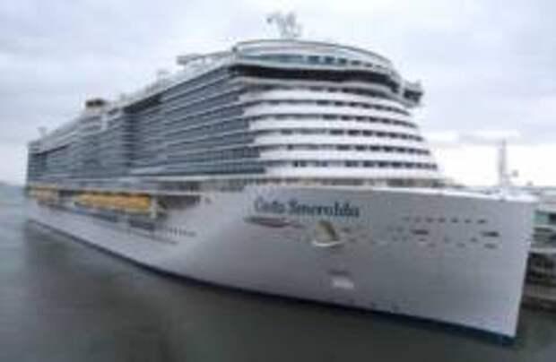 У пассажиров круизного лайнера, заблокированного в порту, не обнаружили коронавирус