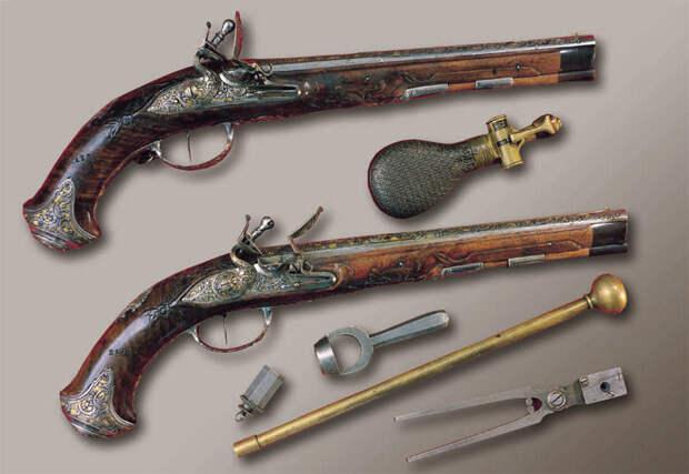 Тульские кремневые пистолеты искусство, огнестрел, оружие, старинное