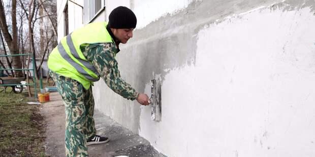 Жители дома на Ленской пожаловались на запах краски