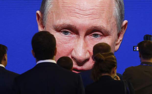 Внезапно выросло: ВЦИОМ начал измерять доверие к Путину по новой методике, тайно