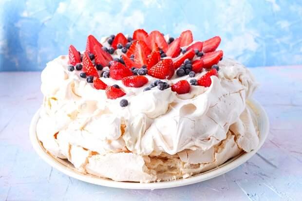 Сегодня знаменитый десерт можно увидеть в самых разных вариантах. /Фото: ethnomir.ru