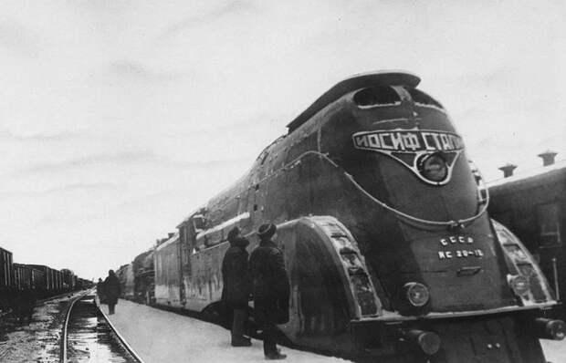 «Паровоз Сталина»: как сложилась судьба самого странного советского ж/д тягача