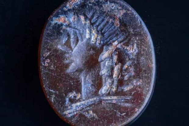 В Израиле нашли печать с изображением Аполлона возрастом 2000 лет