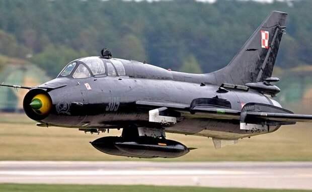 Лётчики ВВС США прибыли в Польшу тренироваться на Су-22