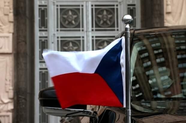 В Чехии допустили, что политики страны помогают наносить ей вред
