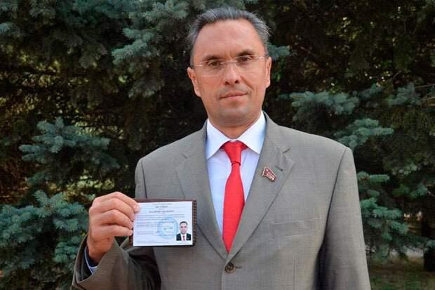 Беглый депутат Госдумы осуждён заочно за избиение полицейских