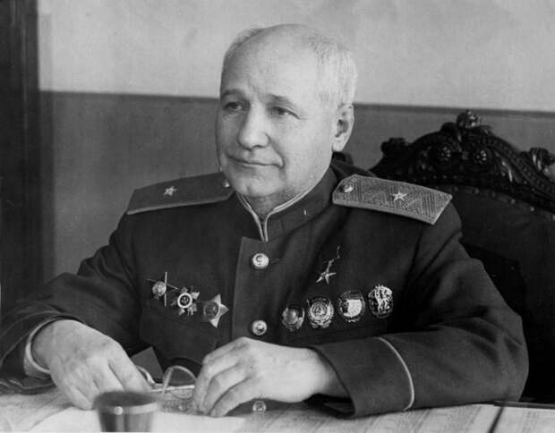 Андрей Туполев: почему авиаконструктор признался в шпионаже