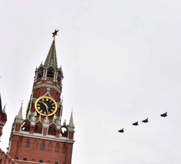 Еще три российских региона решили не проводить парад Победы одновременно с московским