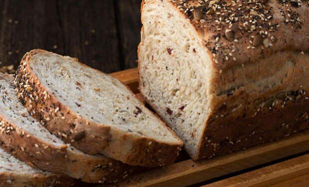 Заменили сдобу на цельнозерновой хлеб: простые изменения в еде работают лучше диет