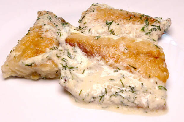 Фото к рецепту: Скумбрия в сливочном соусе