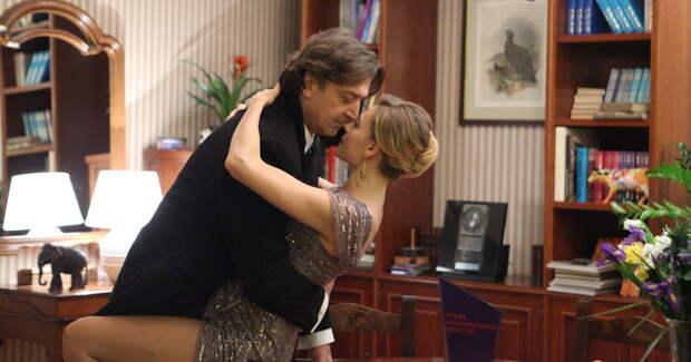 Толкалина и Лазарев-мл. играют любовь в сериале: фото со съемок