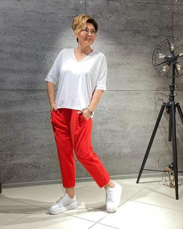 Стильная цветотерапия: 12 эффектных образов для женщин 50+