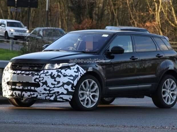 На дорогах показался обновленный Range Rover Evoque