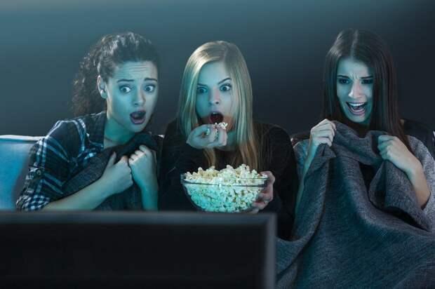 Страшные до ужаса: 12 самых жутких фильмов-нестрашилок, от которых идет мороз покоже