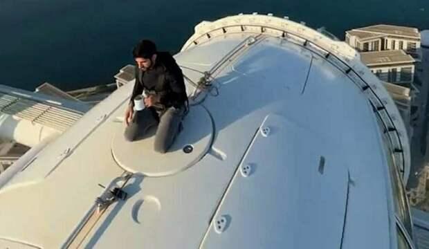 В Дубае открыли самое высокое в мире колесо обозрения