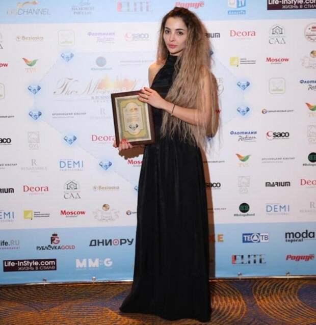 Мадина Байрамукова получила премию Дебют года в пластической хирургии