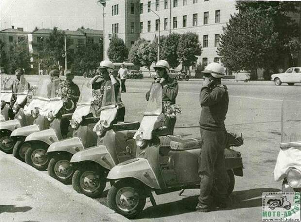 4 легендарных советских мотороллера
