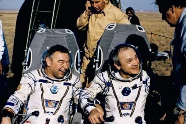 Почему космонавты видят сны, в которых они превращаются в животных (4 фото)