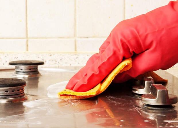Два способа отмыть газовую плиту, не прибегая к средствам бытовой химии
