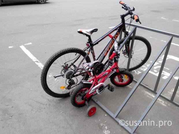 За сутки в Ижевске украли два велосипеда из подъездов жилых домов