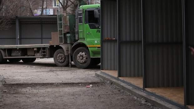 Власти Первомайского района Ростова рассказали, почему стоят ларьки наСержантова