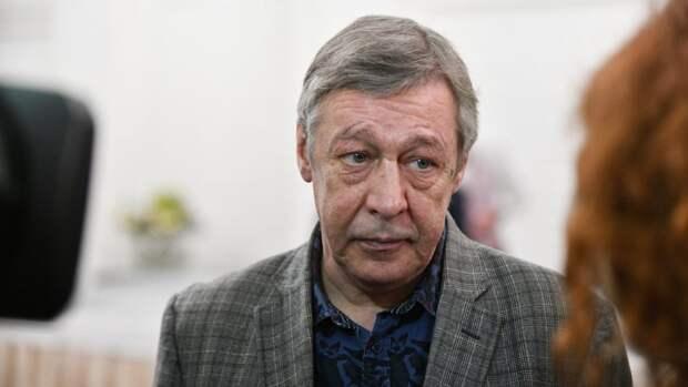 Актер Михаил Ефремов впервые встретился с женой в колонии