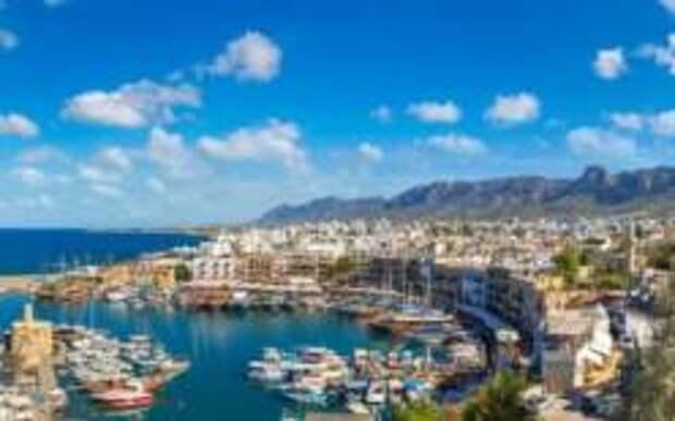 Кипр отменил карантин для туристов из России