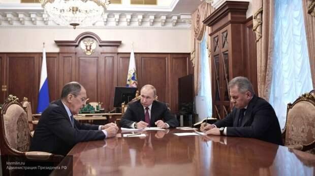 Сатановский уверен, что России пора вспомнить опыт СССР для противодействия США