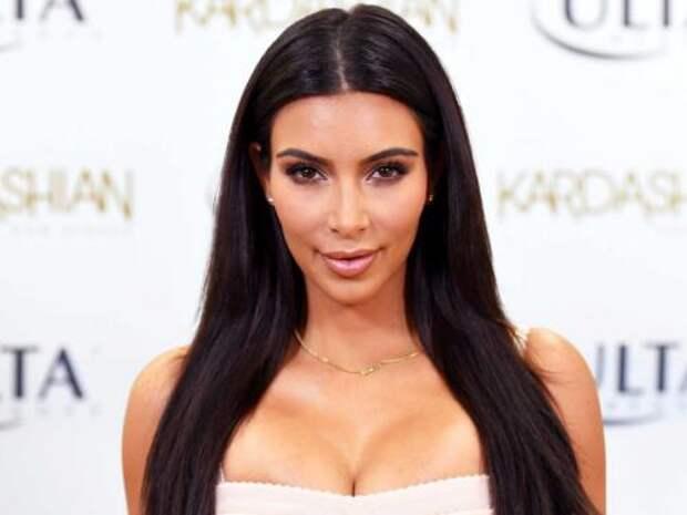 «Жалкая пародия Бейонсе»: Ким Кардашьян опозорилась из-за наряда на Met Gala 2018