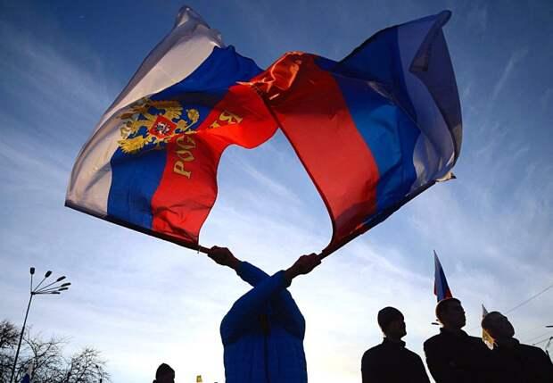 Писатель Сорокин назвал Россию «отсталой» и раскритиковал Путина