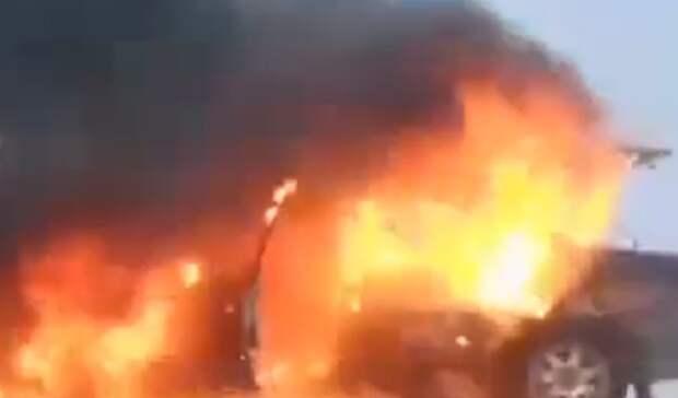 На улице Промышленной Оренбурга неизвестные сожгли автомобиль