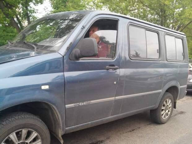 """Во Владимирской области ездит одна из самых редких """"Буханок"""" авто, автомобили, буханка, концепт, концепт-кар, уаз, уаз буханка, фургон"""