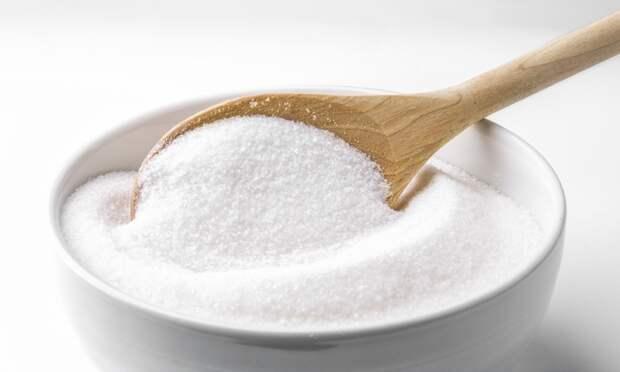 Цемент, в который добавлен сахар, застывает медленнее обычного раствора / Фото: saladmenu.com