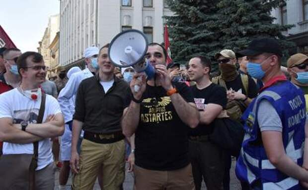 Мысли о войне съели украинцам мозг
