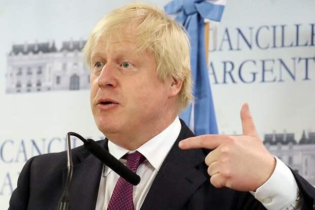 Борис Джонсон уверен, что Скрипалей отравили российские спецслужбы. Фото: REUTERS