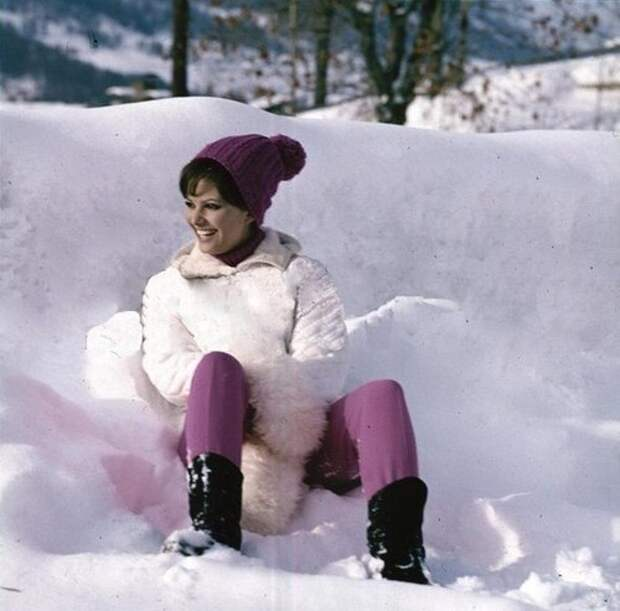 Зимняя Клаудиа Кардинале
