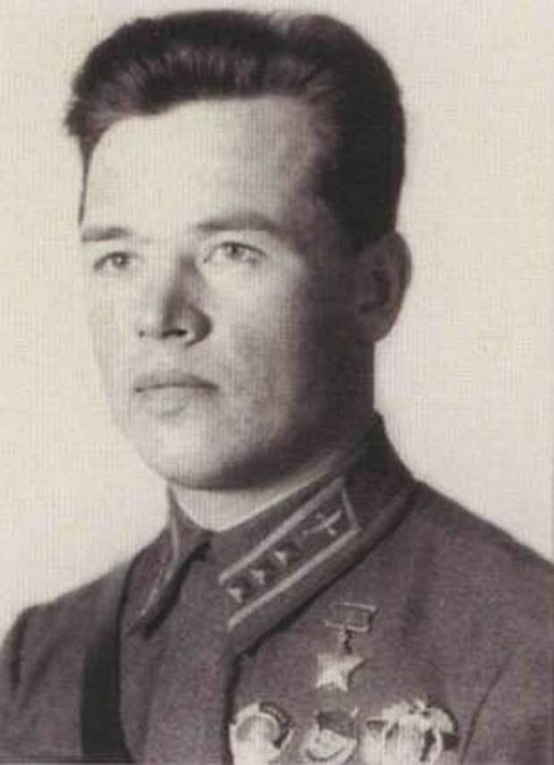 Ст. лейтенант А.П. Пьянков