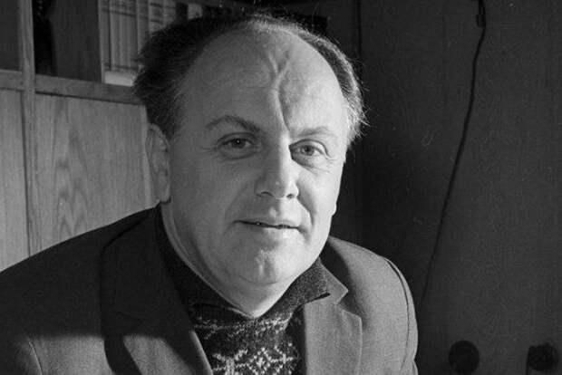 Как автор песни «Ночь коротка» дважды избежал смерти