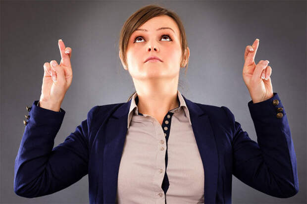 Даже лишняя сера в ушах от нервов. |Фото: fanstory.com.