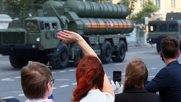 Украина кастрировала сама себя: Михеев обвинил Зеленского