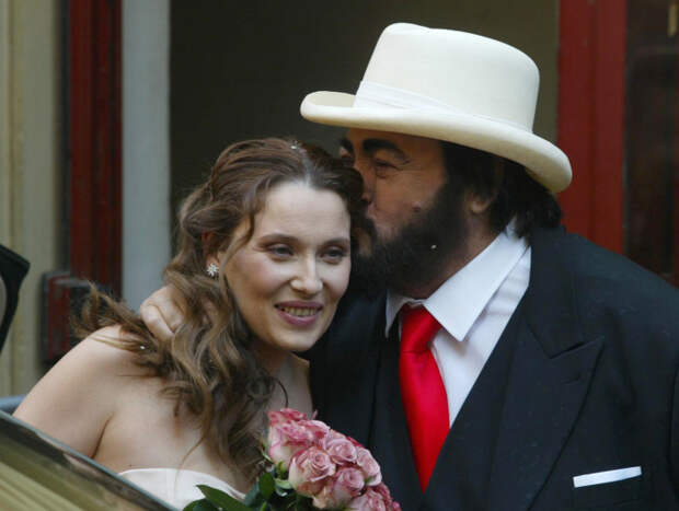 Позднее счастье Лучано Паваротти: почему друзья великого певца отказывались общаться с его женой