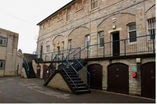 В старейшей тюрьме Англии предложили стать заключенным за пять тысяч рублей