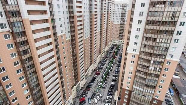 Человейники и гетто: Главного архитектора Москвы раскритиковали