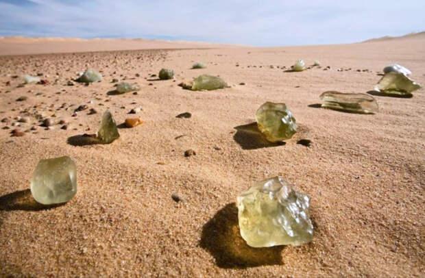 Минералы в пустыне