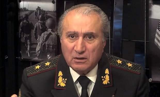Бывший депутат парламентов СССР и Украины, генерал-лейтенант ВСУ в отставке, один из бывших руководителей...