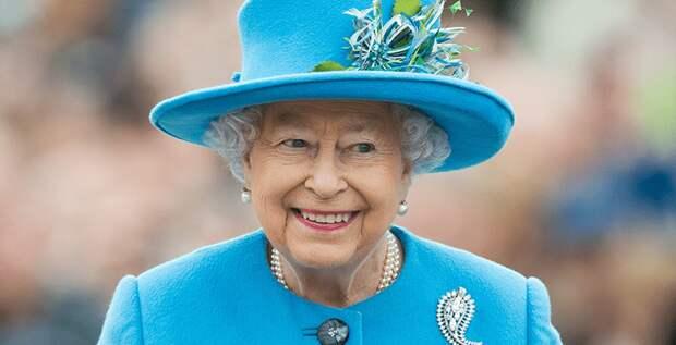 Отец Меган Маркл открыто раскритиковал королеву Елизавету II