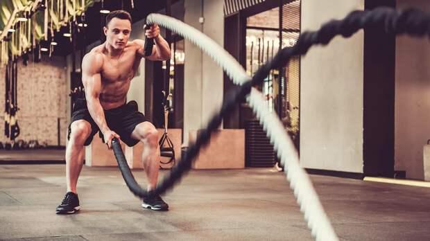 Тренировки для мужчин: как похудеть и подкачаться дома и в зале