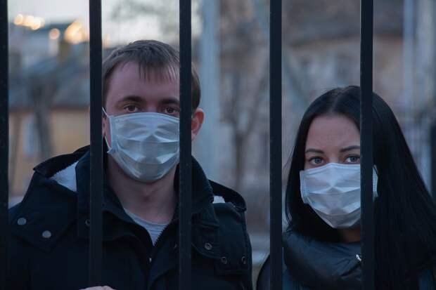 Аксенов пригрозил тюрьмой нарушителям карантина в Крыму