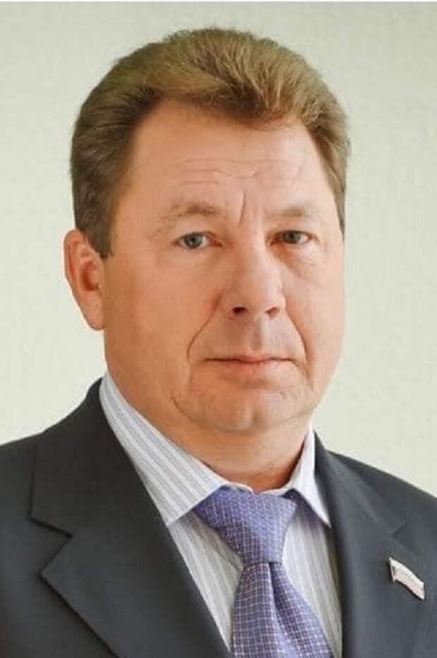 Браконьер, убивший на Чукотке стаю гусей, найден, им оказался депутат Магаданской городской думы Александр Крамаренко